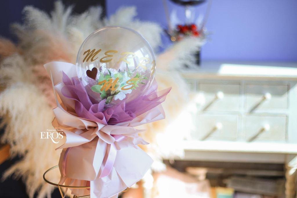 波波球花束、不凋花束、乾燥花束、手綁花束、花束包裝、求婚花束、畢業花束、生日花束、情人節花束、母親節花束