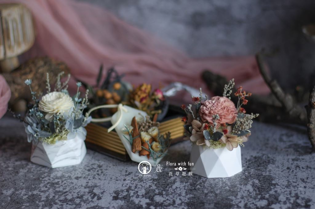 香氛擴香小桌花、香氛蠟燭、藝術蠟燭、冰晶蠟燭、擴香石蠟燭、擴香花蠟燭、乾燥花蠟燭、香氛蠟燭禮盒